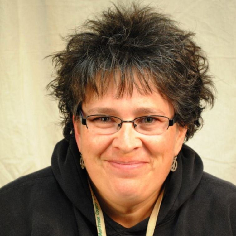 Mrs. Kim, Para Engagement Coordinator